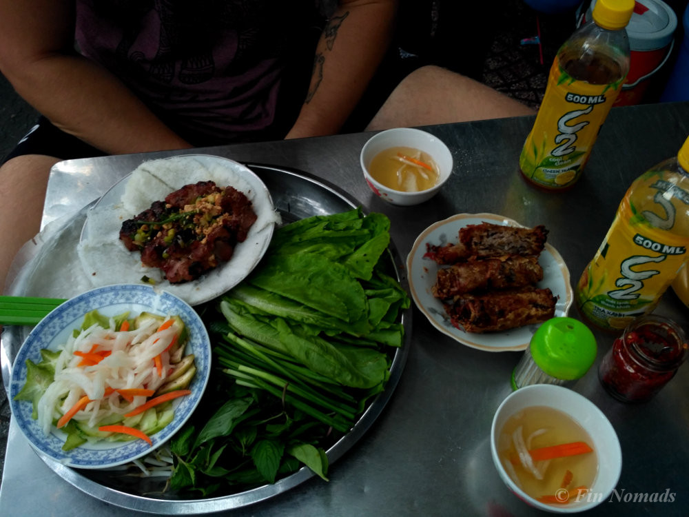 Plastic Chairs and Spring Rolls: Vietnamese Food in Brief | Fin Nomads